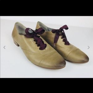 bp Nordstrom's leather oxfords size 8 M tan
